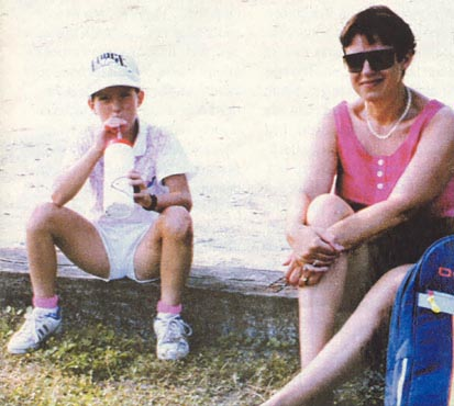 Photo of Justine Henin & her Mother  Françoise Rosière